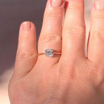 ✨ Browse more engagement rings and find ideas for your forever jewelry here. ������Vi
