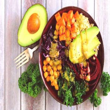 3 Registered Dietitian Tips to Healthy Vegetarian Meal Planning. Read these tips by Andrea Holwegne