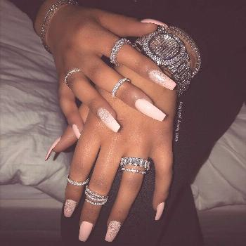 Become an icy wifey ?
