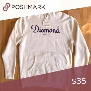 Diamond supply hoodie - size men's L Gently worn. We always carefully pack and ship immediately.